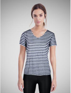 T-shirt femme encolure V