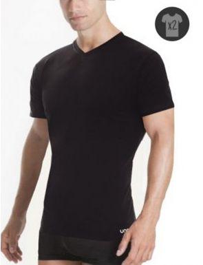 "Lot x2 Tee-shirts m/c cou ""V"" Unno"